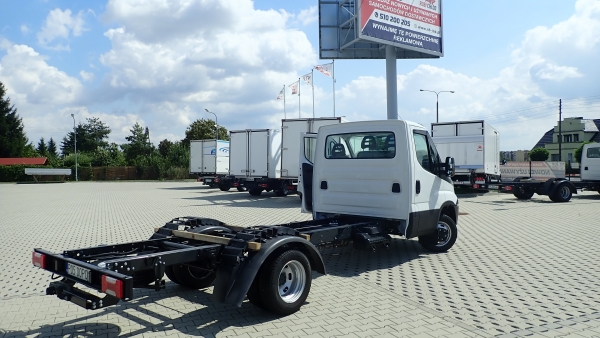 IVECO DAILY 35C18 4100